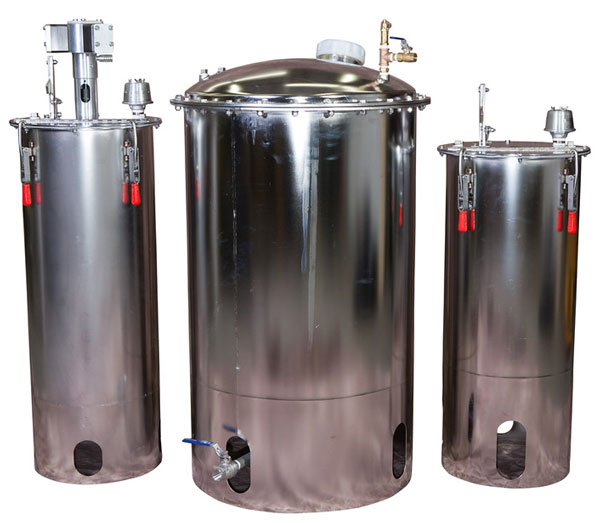 Autoquip's stainless steel Mix & Catalyst Tanks